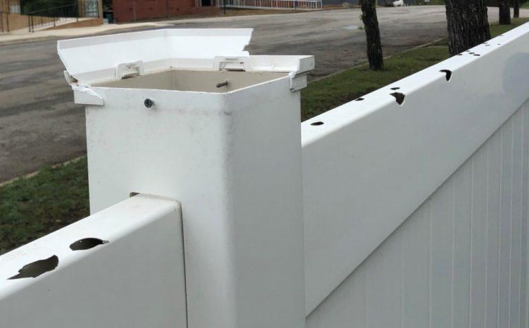 Hail Damaged Vinyl Siding in Willow Springs Missouri